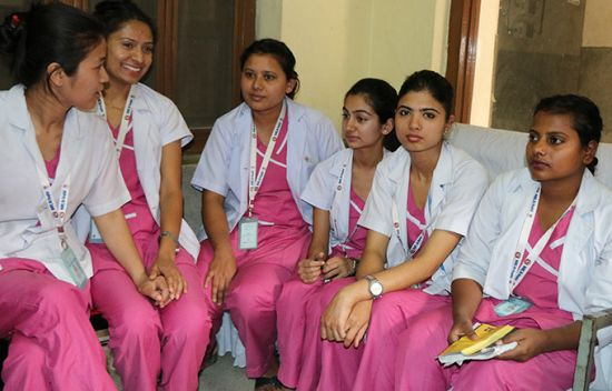 midwifery-students_newsbanner.jpg
